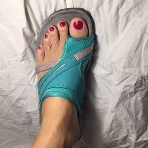 Super comfortable Merrell sandals